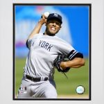 Mariano Rivera Going For The Strikeout Matted 8×10