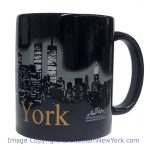 NYC Glowing Night Skyline 11oz Mug – Black